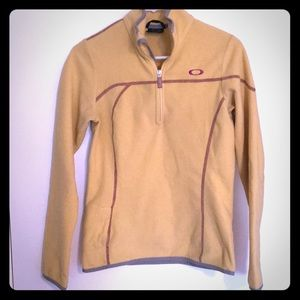 Oakley fleece pullover